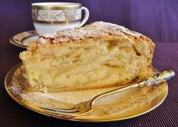 Ābolu – biezpiena kūka bavāriešu gaumē