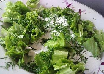 Салат из шпината и щавеля