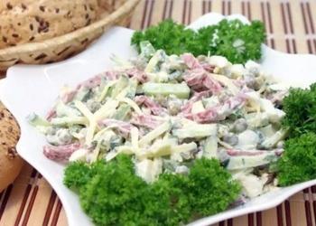 """Kūpinātas desas salāti """"Uz ātru roku"""""""