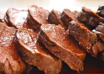 Pikantais teļa gaļas cepetis