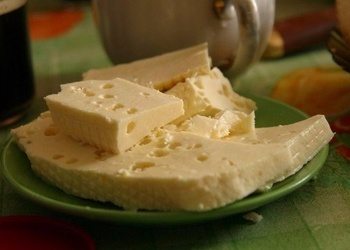Mājās gatavots mīkstais siers