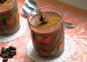 Šokolādes-kafijas liķiera deserts