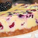 Krējuma torte ar riekstiem un rozīnēm