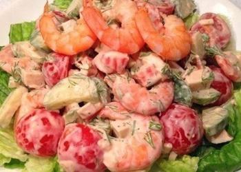 Салатик с помидорами черри и креветками