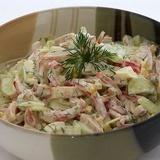 Salāti ar olu un šķiņķi