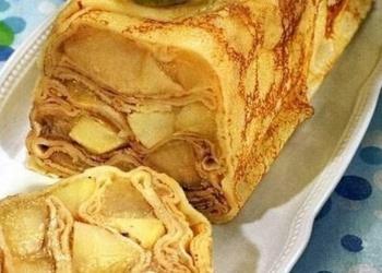 Pankūku pīrāgs ar āboliem