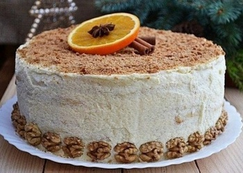 Biezpiena – vārīta krēma torte ar valriekstiem