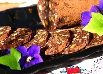 Šokolādes desa ar riekstiem