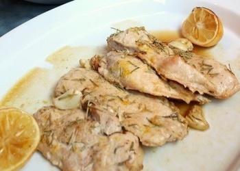 Krāsnī cepta vistas gaļa ar ķiplokiem
