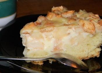 Skābā krējuma pīrāgs ar ābolu pildījumu