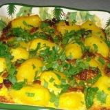 Kartupeļu sacepums ar marinētu cūkgaļu