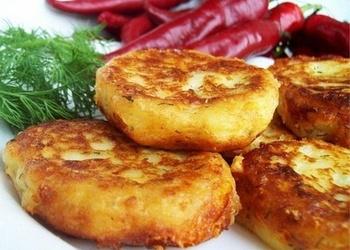 Kartupeļu kotletes ar jūras kāpostiem
