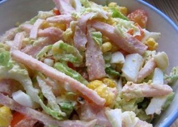 Sēņu un šķiņķa salāti