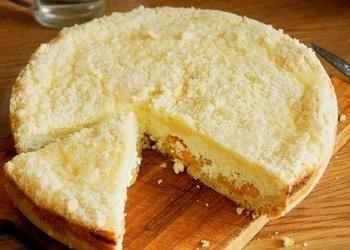 Biezpiena – aprikožu kūka