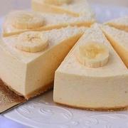 """Neceptā """"Selgas"""" cepumu – banānu siera kūka"""