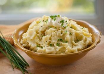 Kartupeļu biezenis ar sīpoliem