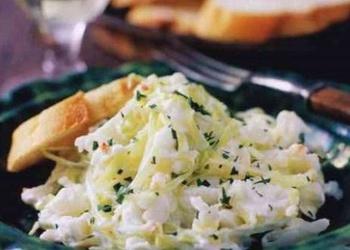Krabju gaļas salāti ar kāpostiem
