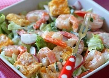 Omletes salāti ar garnelēm
