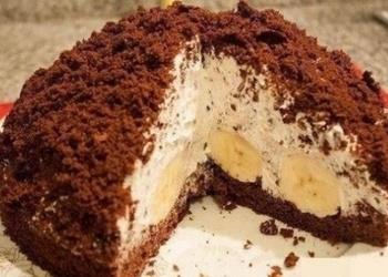 Šokolādes – banānu kūka ar saldo krējumu