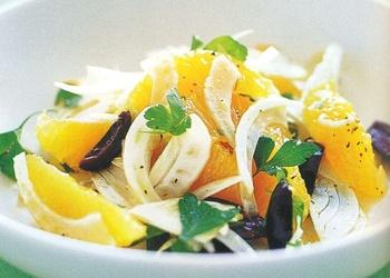 Apelsīnu salāti ar olīvām