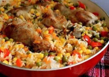 Vista ar rīsiem un dārzeņiem kataloniešu gaumē