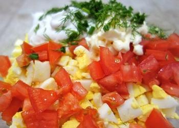 Tomātu un olu salāti