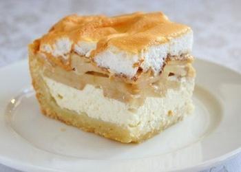 Biezpiena - ābolu pīrāgs