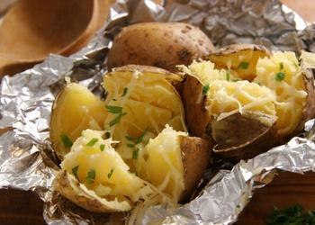 Oglēs cepti kartupeļi