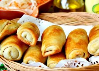 Moldāvu pīrādziņi ar kāpostiem