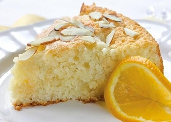 Apelsīnu – mandeļu kūka